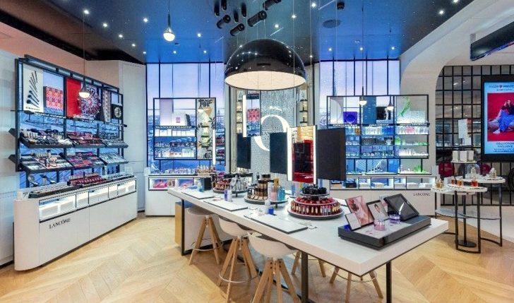 Lancome architecture retail boutique luxe commerciale scénographie