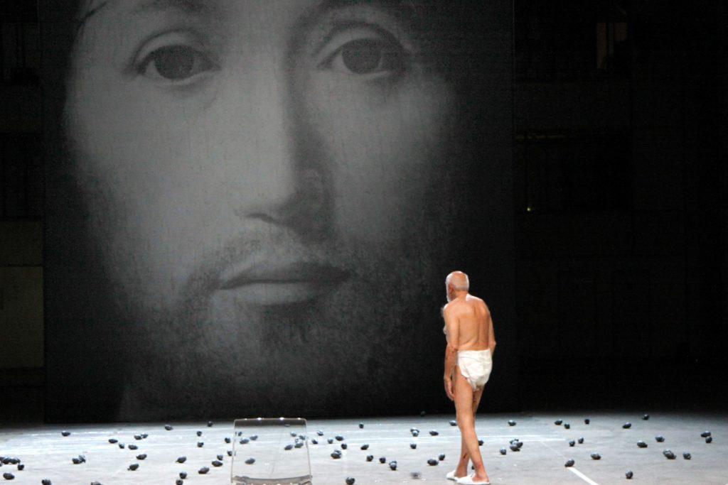 Sur le concept du visage du Fils de Dieu, de Romeo Castellucci a fait face à la pression de la censure