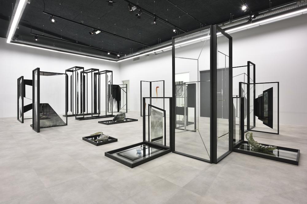 Pia Rondé & Fabien Saleil, Cité-Fantôme, 2017-2018, vue d'exposition, © Rebecca Fanuele