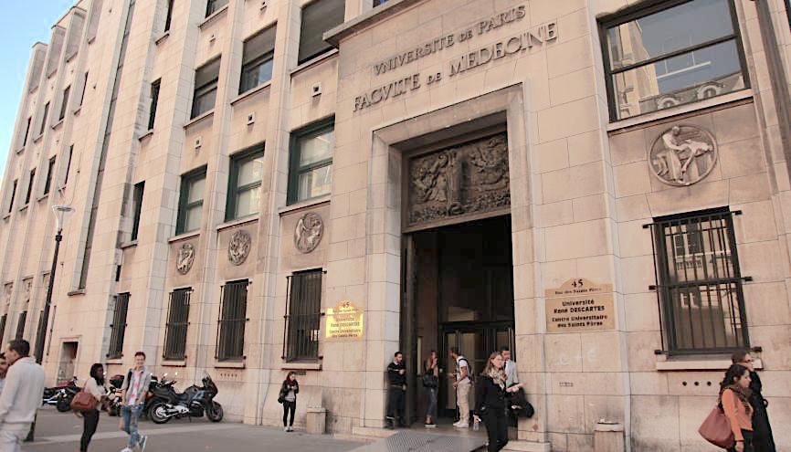 L'université Paris V René Descartes, bâtiment des Saint-Pères à Saint-Germain-des-prés